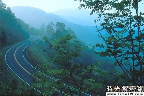 切羅哈拉公路