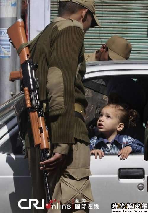 印控克什米爾「暴力世界」中的兒童(組圖)