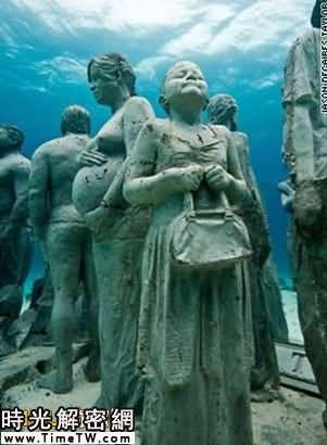 英雕刻家海底置人形雕像 為珊瑚「築家」(組圖)