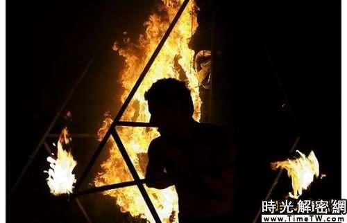 組圖:愛丁堡盛大而神秘的祭火節