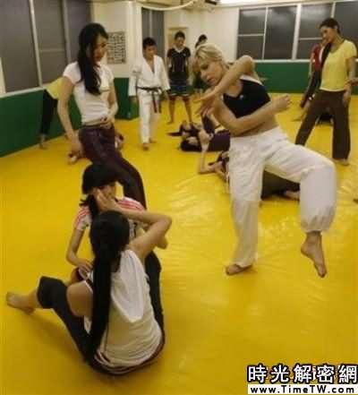 組圖:日本小姐是怎樣煉成的