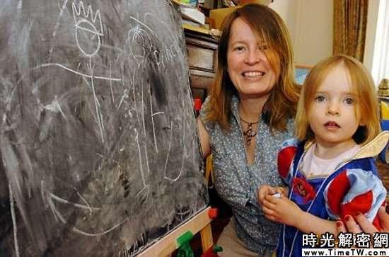 科技時代_英國2歲小女孩智商堪比霍金(組圖)