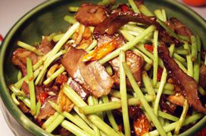 藜蒿炒臘肉