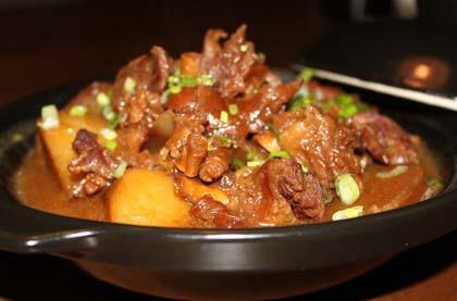 蘿蔔燉牛腩