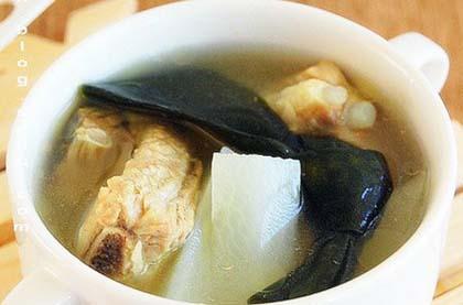 白蘿蔔海帶湯