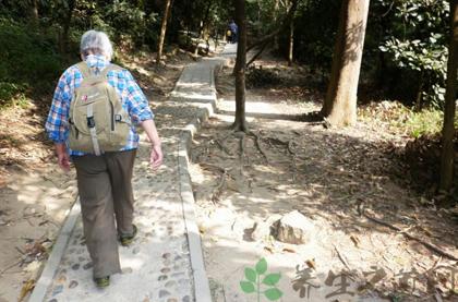 老年人必備登山11點小常識