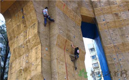 人工巖壁攀登