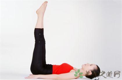 臥姿舉腿式瑜伽