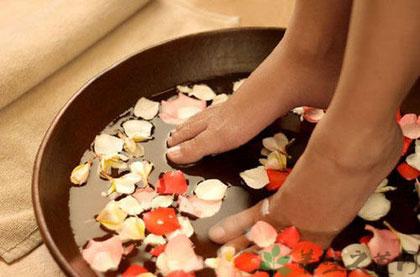 涼水洗腳有損身體健康