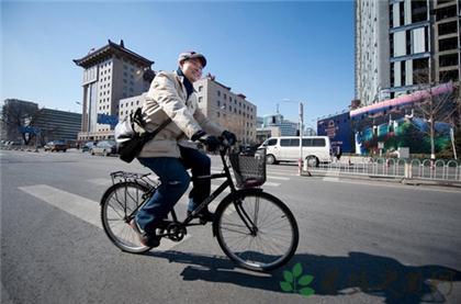 騎自行車姿勢