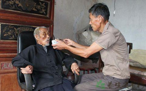 中風偏癱老人如何護理