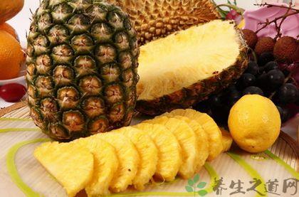 菠蘿為什麼用鹽水泡