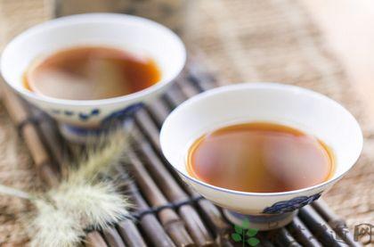 濕熱體質夏季喝什麼茶