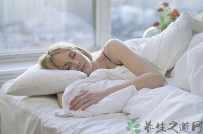 秋季晚上開窗睡覺好嗎