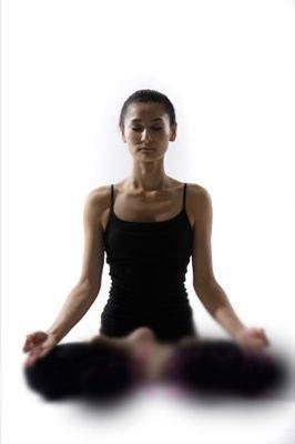 兩式辦公室瑜伽 有效緩解腰椎疼痛