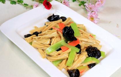 木耳腐竹大白菜
