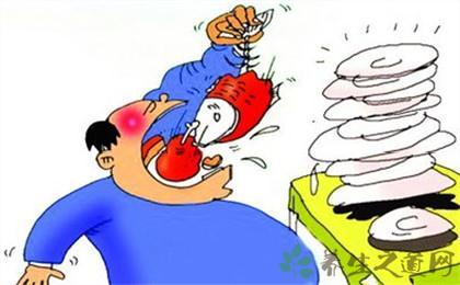 暴飲暴食易導致急性胰腺炎
