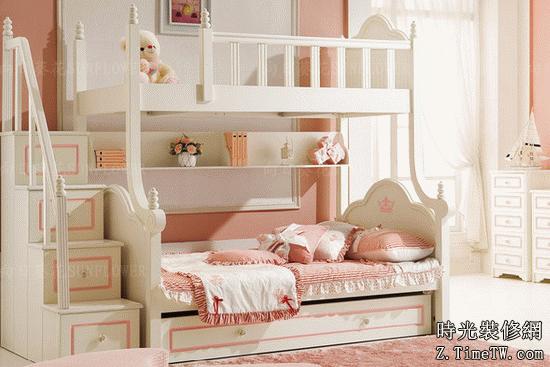 嬰兒關於睡軟床還是硬床的抉擇 現代傢俱床
