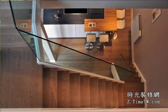 小複式閣樓樓梯設計知識 小複式轉角樓梯設計指南