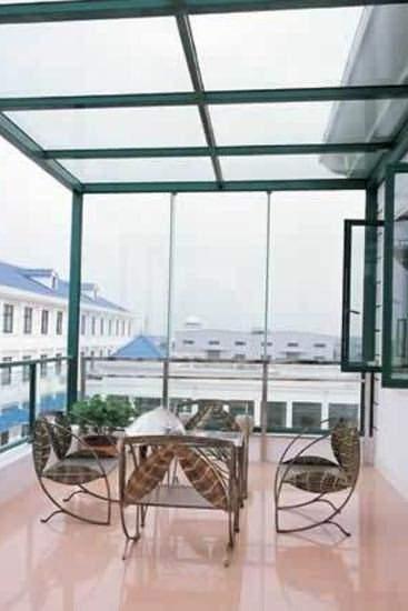 陽台窗裝修設計效果圖欣賞