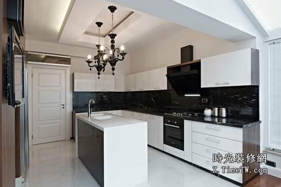 開放式廚房的清潔與保養