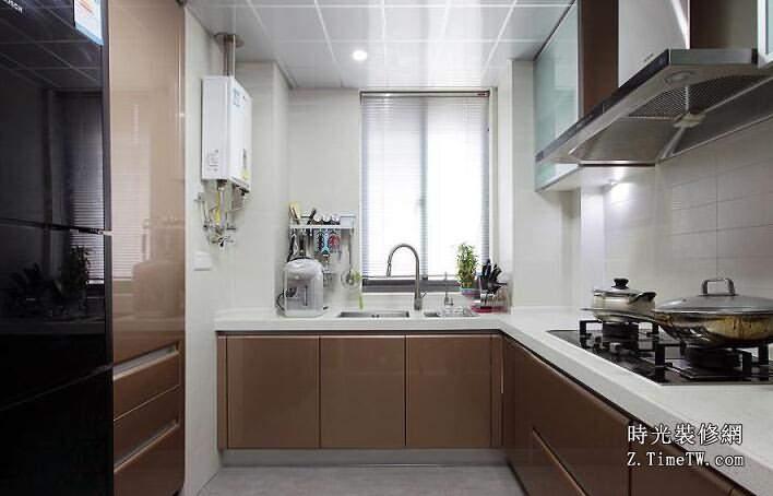 廚房裝修設計怎樣佈局比較好