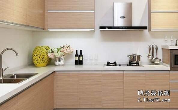 廚房翻新技巧及方法推薦