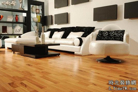 地板鋪設須輔料 少了一個都不行
