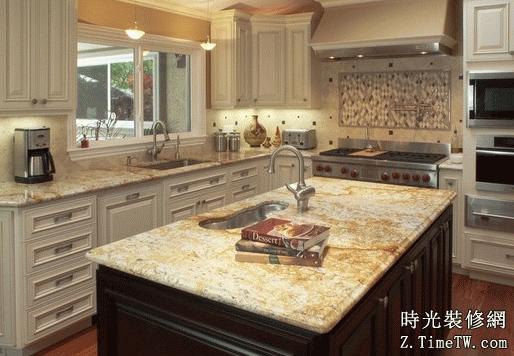 用櫥櫃打造現代色彩廚房