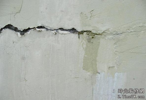 牆體裂縫產生的原因  牆體裂縫處理方案