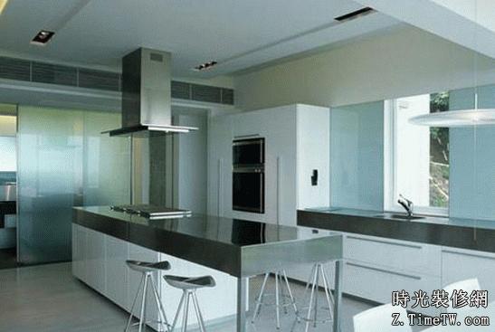小戶型廚房吧檯之開放式設計